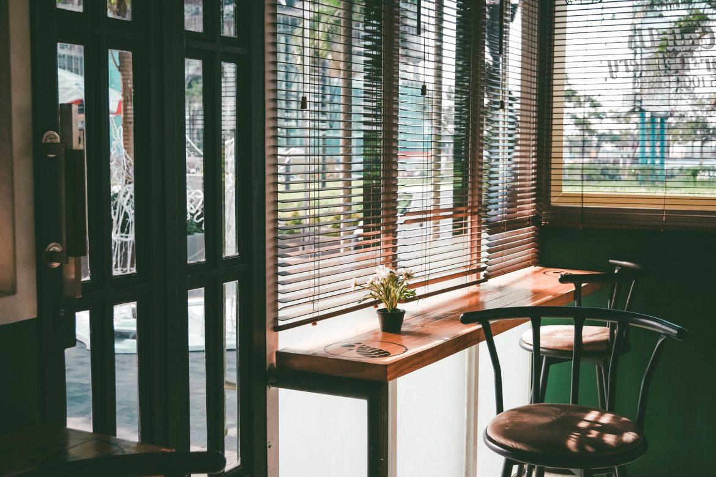 Bescherm uw ramen tegen de zon met glasfolie